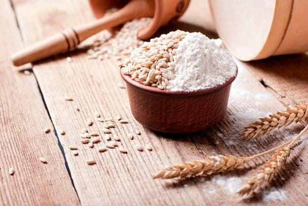 Whole Grains VS White Flour | What Are Phytates And How Do I Avoid Them?