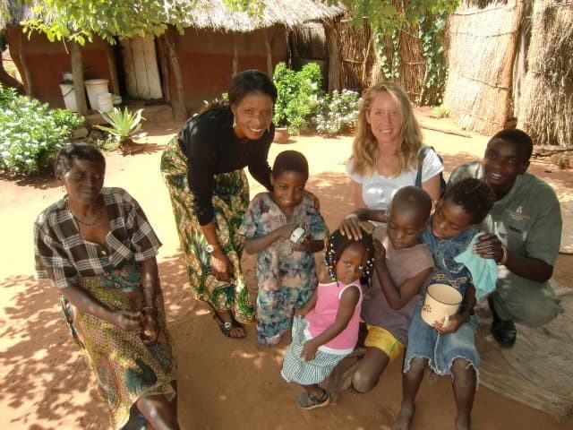 BlendAid helps Mothers Without Borders build a school in Zambia
