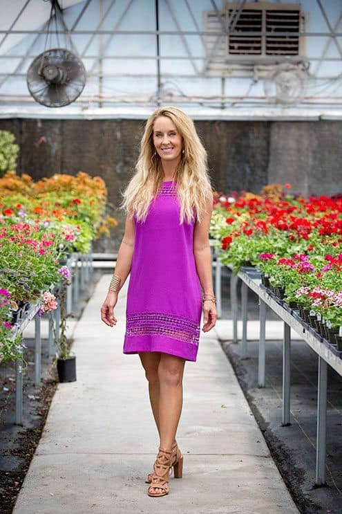 Robyn Openshaw, detoxification researcher, author, and your guide.