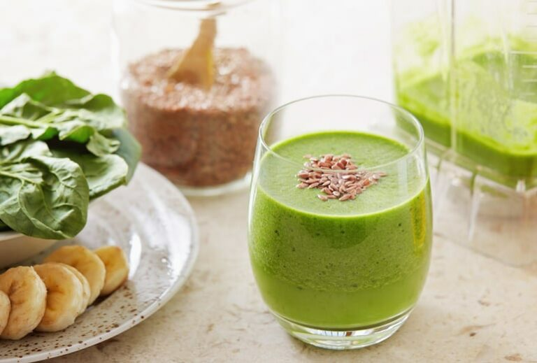 """Green Smoothies for High Blood Pressure Control"" at Green Smoothie Girl"